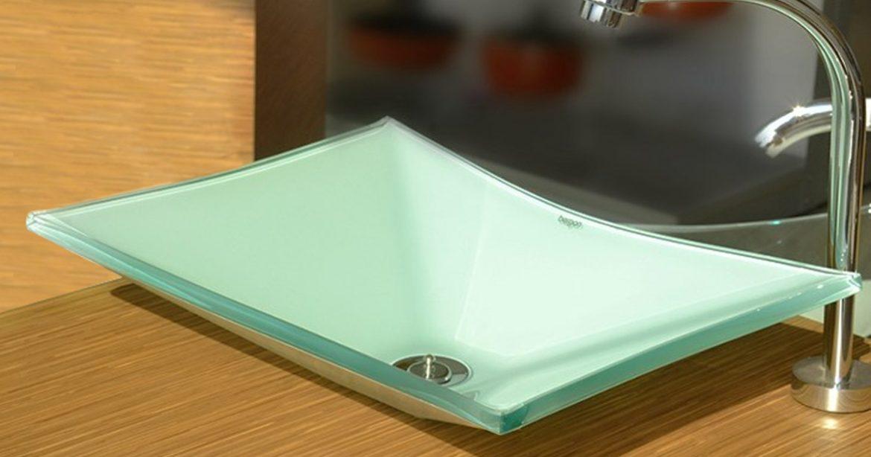 Uma cuba para banheiro de vidro tem versatilidade e beleza que dão ainda mais destaque na decoração